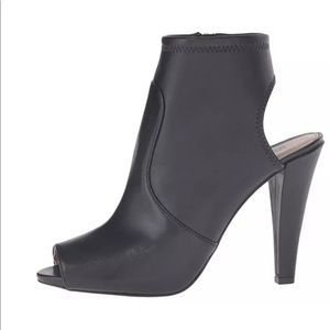 Michael Kors -Leather Ankle Booties US SZ 5